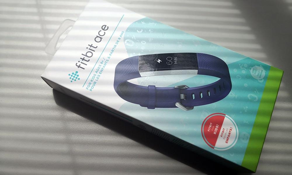 Fitbit Ace, sacamos de la caja el smartwatch pensado para niños