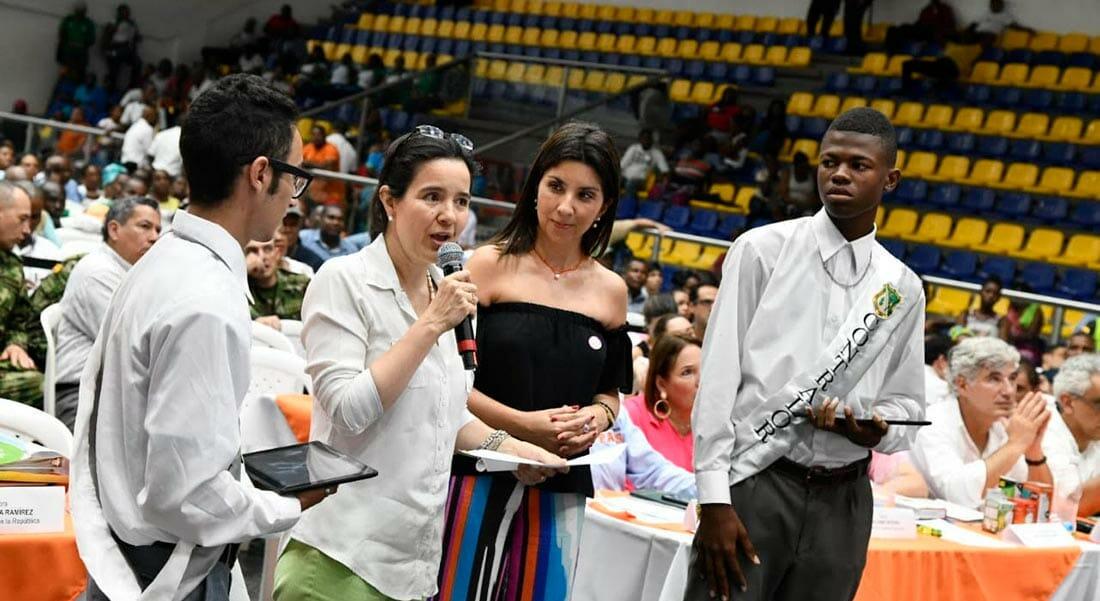 Ministerio TIC entregó 9.194 tabletas que beneficiarán a más de 60 mil estudiantes del Chocó